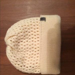 🆕 The North Face Crochet Beanie